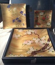 VINTAGE JAPANESE KANSAI YAMAMOTO DECORATED GLASS GRADUATING PLATES WITH BOX