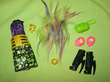 Monster High CLAWVENUS Freaky Fusion Clawdeen Venus OUTFIT Shoes & Accessories