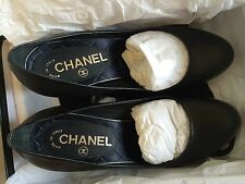 Authentic CHANEL Pumps - Black leather - CC logo