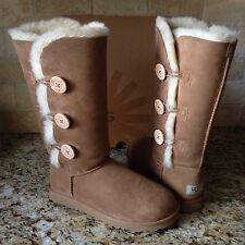 UGG BAILEY BUTTON TRIPLET TRIPLE CHESTNUT BOOTS US 10 WOMENS #1873