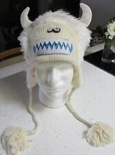 deLux ADULT WHITE HAT knit yeti big foot abominable sasquatch Bumble costume NEW