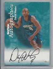 DAVID WESLEY 1999-00 SKYBOX AUTOGRAPHICS HORNETS ON CARD AUTO