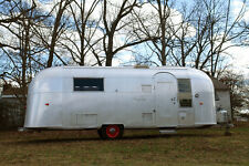 Vintage 1963 24ft AIRSTREAM TRADE WIND Travel Trailer RV