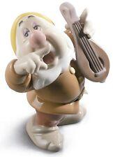 Nao by Figuras de Lladro Porcelana Disney Estornudo Siete Enanitos
