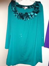 SIMPLY CHLOE Dao Green 3/4 Sleeve Blouse Top Satin Petals at Neck Size XL NEW