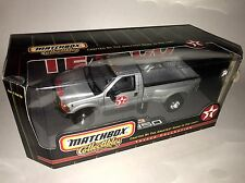 1999 FORD F350 PICK UP TRUCK TEXACO MATCHBOX Brand New 1:24 Scale Rare!