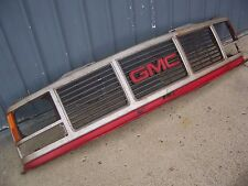 1980s,1990s,gmc truck grille,chevrolet,filler,valance,88-93,grill
