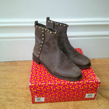 Tory Burch Shauna distressed suede boots szUS 9.5 UK 7.5 / 8