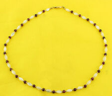 VINTAGE MOTHER OF PEARL & 4MM GARNET ROUND BEAD PRETTY NECKLACE 1970'S 16""