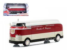 "1940 GENERAL MOTORS FUTURLINER ""PARADE OF PROGRESS"" 1/64 BY GREENLIGHT 29832"