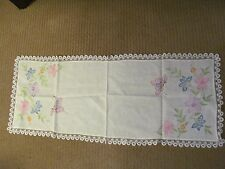 Vintage white table runner or scarf, Embroidered / lace edges