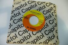 THE OUTSIDERS 45T RESPECTABLE / LOST IN MY WORLD. CAPITOL 5701 US PRESS.
