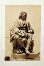 Charles Marville : Le chirurgien Lapeyronie  , bronze à Montpellier , vers 1863