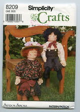 SIMPLICITY CRAFTS 8209 24 INCH RAG DOLLS + CLOTHES  DESIGNS BY SHARON SIMONS