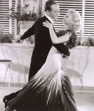 Ginger Rogers and Fred Astaire UNSIGNED photo - H4704 - The Gay Divorcee