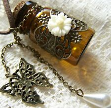 RETRO~CARVED~WISHING~BOTTLE~PENDANT~ NECKLACE -- (GREAT_CHRISTMAS_GIFT)