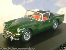 EXCELLENT OXFORD DIECAST 1/43 DAIMLER SP250 (DART) HOOD DOWN RACING GREEN DSP004