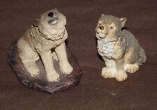 1993 Pair of  Gray Living Stone Wolf Figurines Not Matching