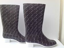 CHANEL Black/white Quilting/Matelasse Printed Rubber Rain Heel Boots Sz 42
