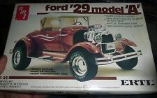 AMT 1929 FORD ROADSTER MODEL A 1/25 MODEL CAR MOUNTAIN OPEN