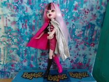 BRATZ FACTZ BRATZILLAZ CLOETTA SPELLETTA 2012 FIRST EDITION
