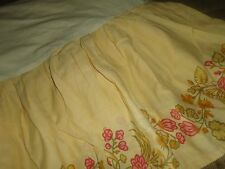 "URBAN OUTFITTERS PLEATED QUEEN BEDSKIRT 15"" NOT SPLIT CORNER FLORAL YELLOW PINK"