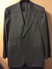 Rare & amazing Gucci peaked lapels 100% wool suit 50R 40R charcoal gray