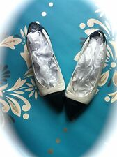 CARVELA retro vintage TWO TONE leather pumps NAVY WHITE made in ITALY size 4 37
