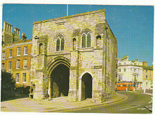Unused Postcard Hampshire, West Gate Winchester c8521