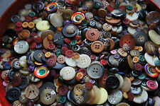 700 Buttons Mixed Colors Sewing Knitting Scrapbooking Mixed Huge Bulk Lot Whsl