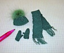 Miniature Targioni Very Fine Knitted Green Hat, Scarf and Gloves: Dollhouse 1/12