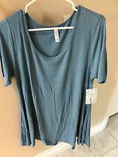 LuLaRoe Perfect T ~ LARGE - NWT BLUE RIBBED