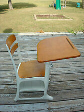 Vintage ENVOY American Seating KG & Elementary School Child Desk/Chair w/ Cubby