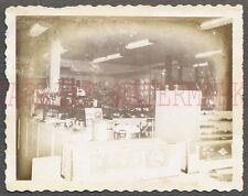 Unusual Vintage Polaroid Photo Ovens Stoves Kitchen Appliances in Store 661104