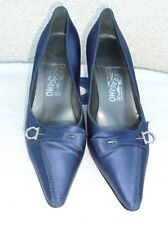 SALVATORE FERRAGAMO MADE IN ITALY HEELS PUMPS SATIN SHOES SIZE 7.5 B, BLUE