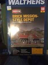 Walthers Cornerstone 933-4055 HO Scale Brick Mission-Style Depot Kit