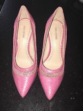 POUR LA VICTOIRE CAILYN Pink Snake Print Leather Designer Pointed Toe Pumps 6