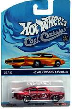 2015 Hot Wheels Cool Classics #25 '65 Volkswagen Fastback orange car on card