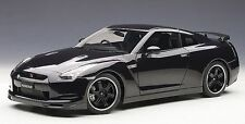 AUTOART NISSAN GT-R R35 ULTIMATE OPAL BLACK 1:12*BRAND NEW SEALED CASE!