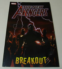 THE NEW AVENGERS Breakout GRAPHIC NOVEL comic BOOK Vol 1 Bendis Finch Marvel