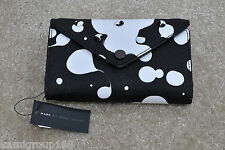NWT MARC BY MARC JACOBS Metropoli Oil Drops Stud Flap Wingman Wristlet M0006729