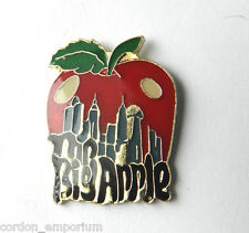 NEW YORK CITY THE BIG APPLE QUALITY LAPEL PIN BADGE 1 INCH