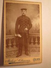 Bonn - stehender Soldat in Uniform mit Säbel / CDV