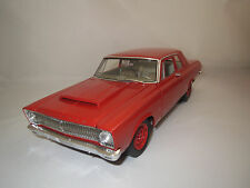 """Highway 61  Plymouth  Belvedere  """"1965""""  (rot) 1:18  ohne Verpackung !!"""