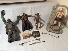 Lot of 4 Figures McFarlane Zombie Ogre Scarecrow Lizard Wizard Chains Stand ++++