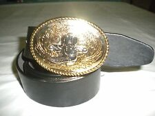 BRAND NEW BUCKLE WITH A BOOT COMBINATION OF GOLD AND SILVER BUCKLE  3 .5 X 2.5IN