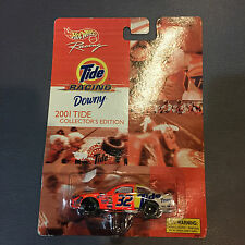 Hot Wheels Racing Tide Downy Ford Taurus 2001 Collectors Edition 32 Die Cast Car