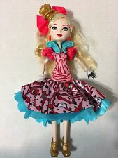 Monster High Ever After High Way Too Wonderland Apple White Doll USED