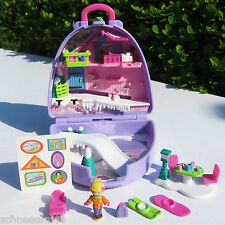 NEU OVP Mini Polly Pocket Winter Hotel Ski Koffer Snow Mountain unopend NEW MOC