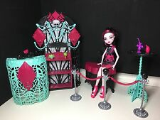 Monster high fright camera action playset premiere partie tapis noir draculaura